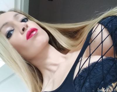 GoddessJulie, 31 – Live Adult fetish and Sex Chat on Livex-cams
