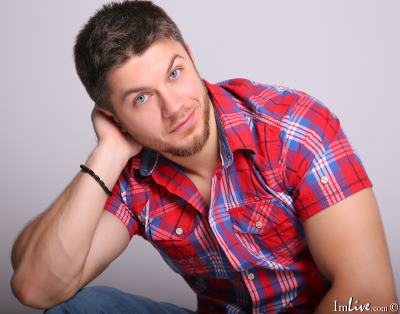 RobbyShawz, 23 – Live Adult gay and Sex Chat on Livex-cams