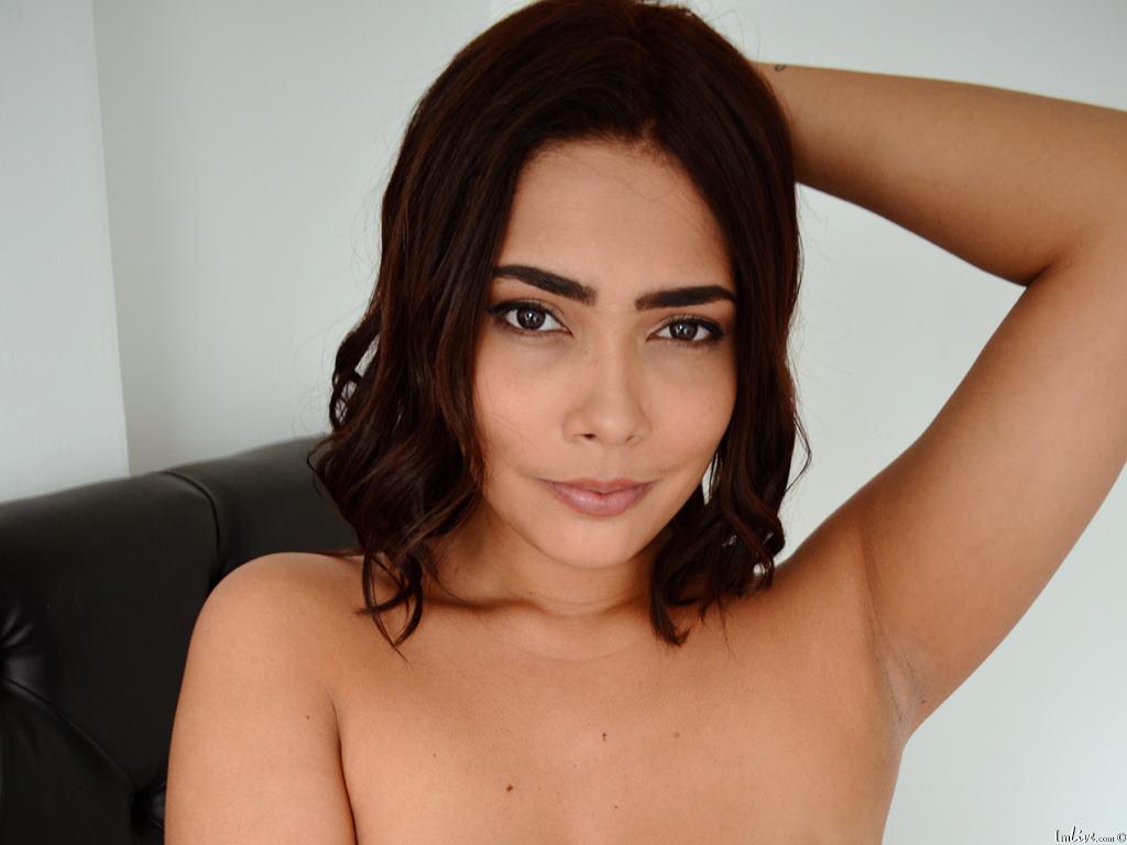 Shanon_'s Profile Image