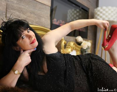 LadyRoberta, 43 – Live Adult cam-girls and Sex Chat on Livex-cams