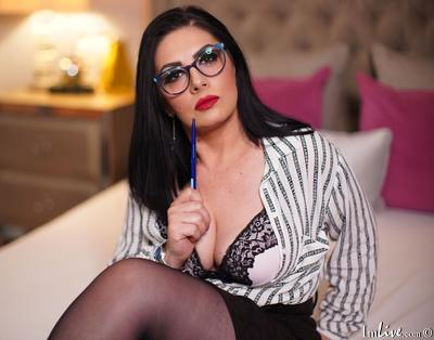 HannahFaith, 44 – Live Adult cam-girls and Sex Chat on Livex-cams