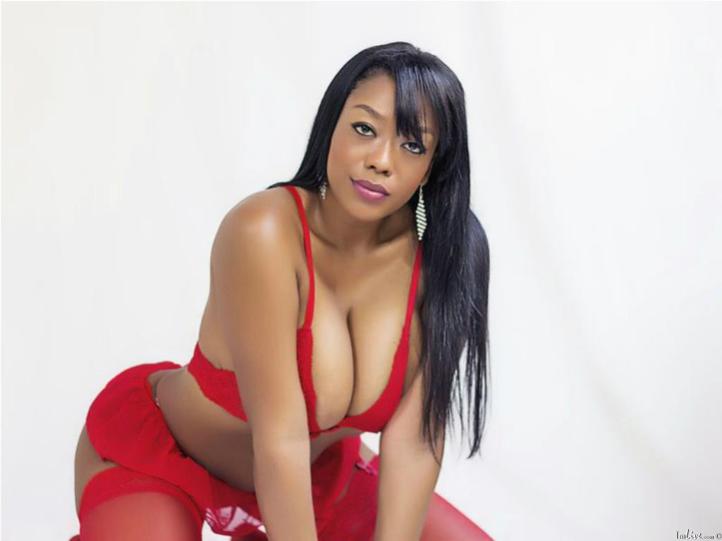 Tyfaniebony's Profile Image